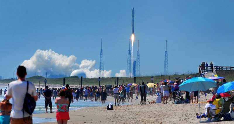 C3-Rocket-Launch-800x425